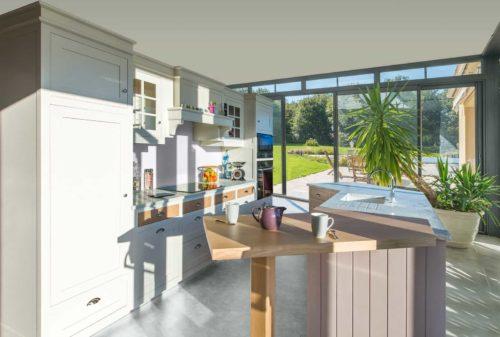 cuisine style anglais aef. Black Bedroom Furniture Sets. Home Design Ideas