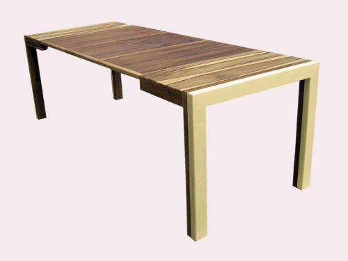 PELEGRIN Daniel : TABLE CARRE