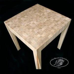 La table de bois de bout