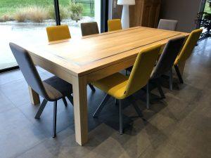 table sur mesure en bois naturel